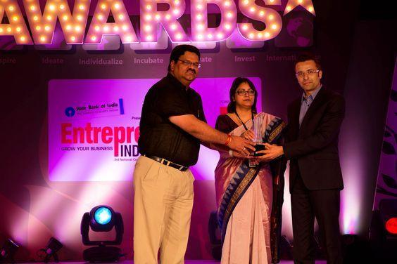 "Sandeep Maheshwari Awarded the ""Creative Entrepreneur of the Year 2013"""