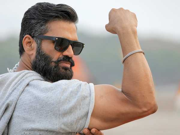 Sunil Shetty History in Hindi